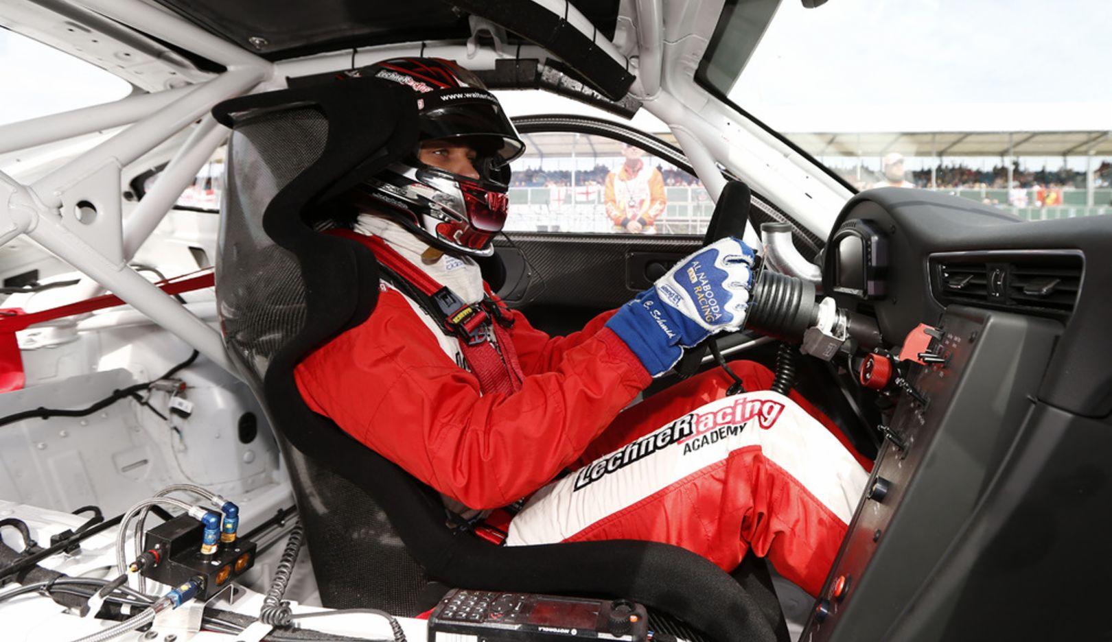 Clemens Schmid, Werksfahrer, Porsche Mobil 1 Supercup, Silverstone, 2014, Porsche AG