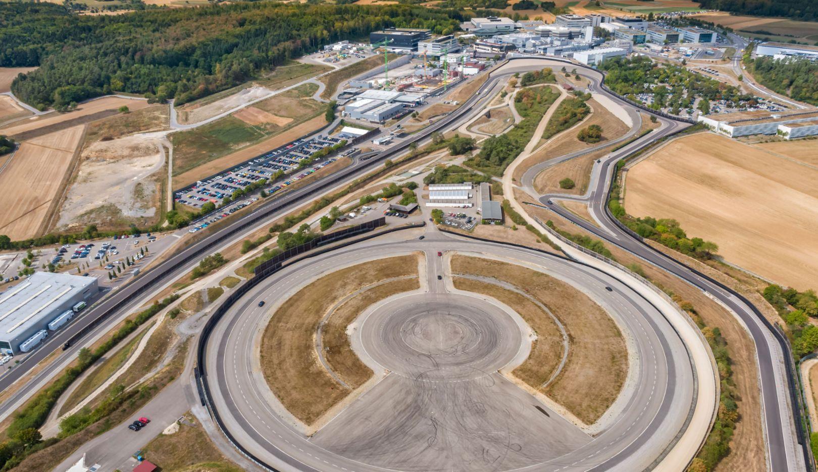 Entwicklungszentrum Weissach, 2018, Porsche AG