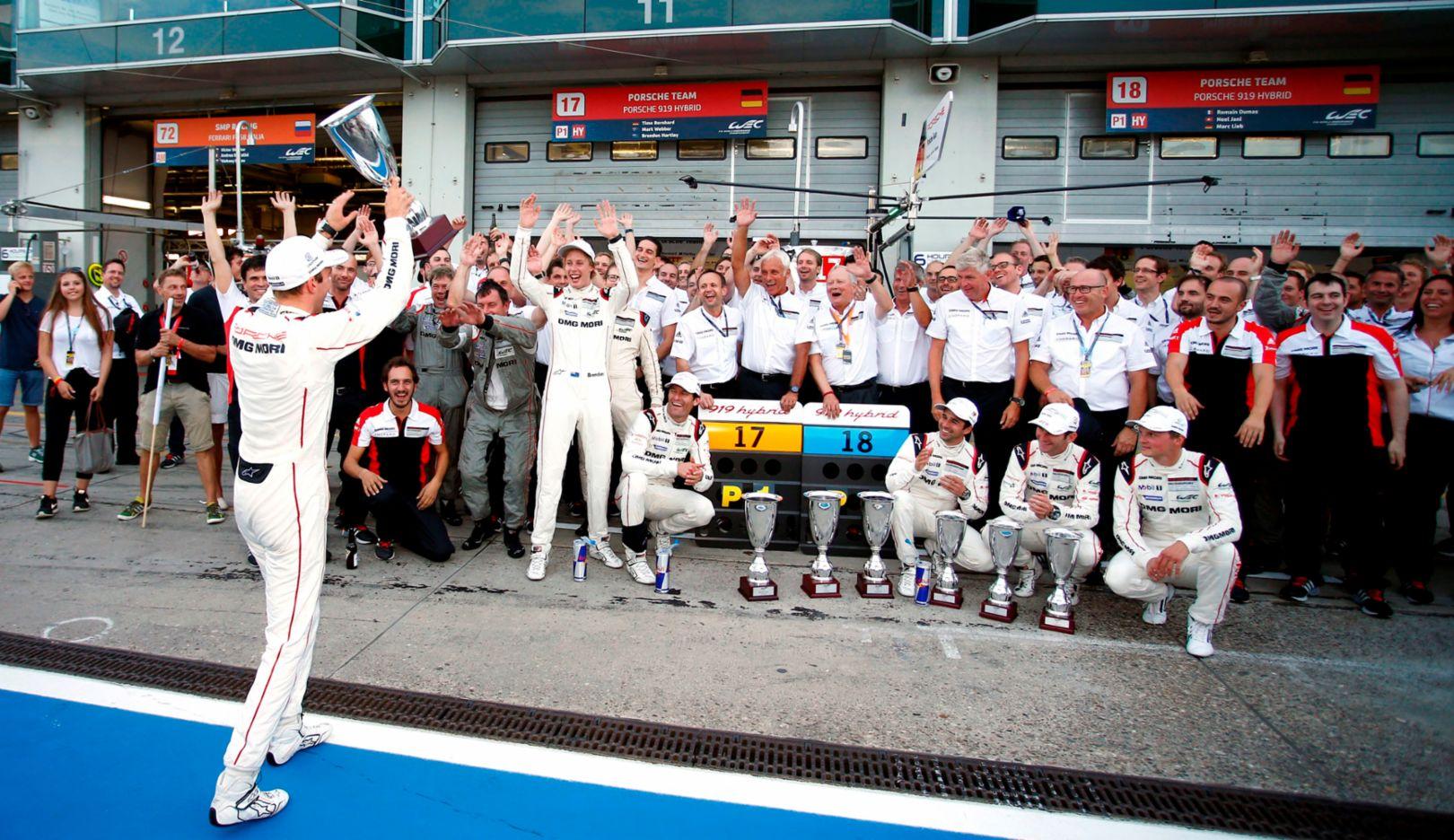 Porsche Team: Timo Bernhard (l), Porsche Team, WEC Nürburgring 2015, Porsche AG