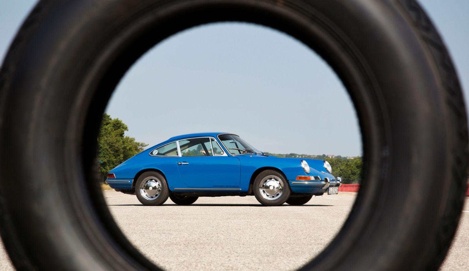 Porsche 911, 2016, Porsche AG