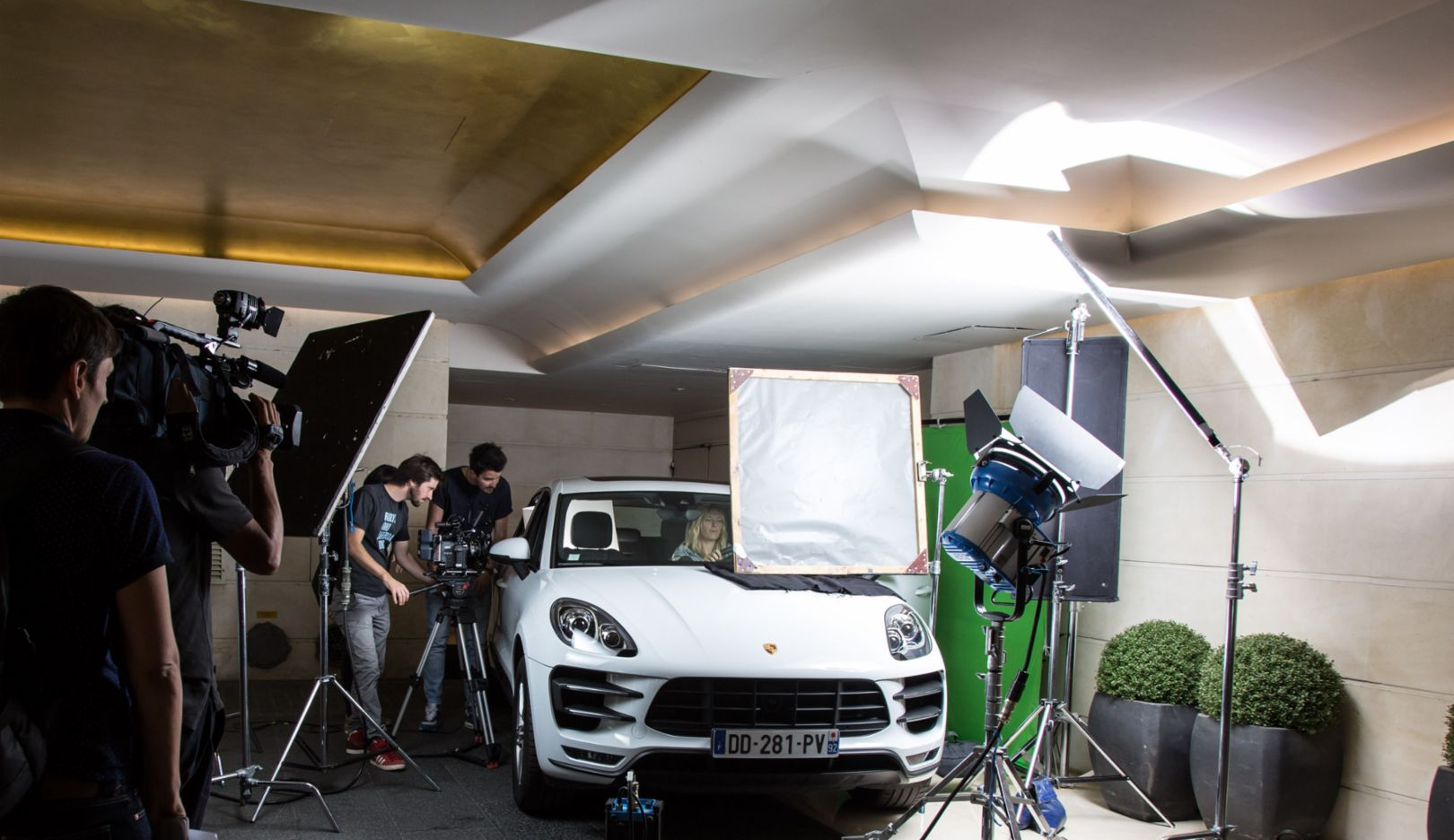 Macan, video shoot Newsroom, Stuttgart, 2014, Porsche AG