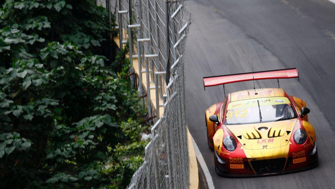 FIA GT World Cup: Porsche fährt in Macau auf Platz vier