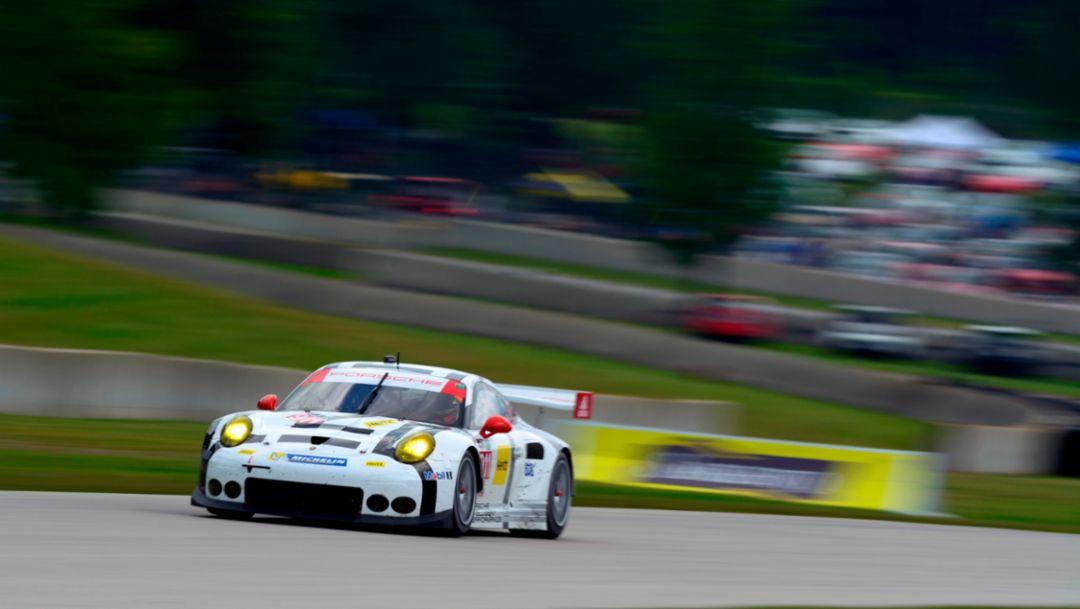 Porsche takes championship lead