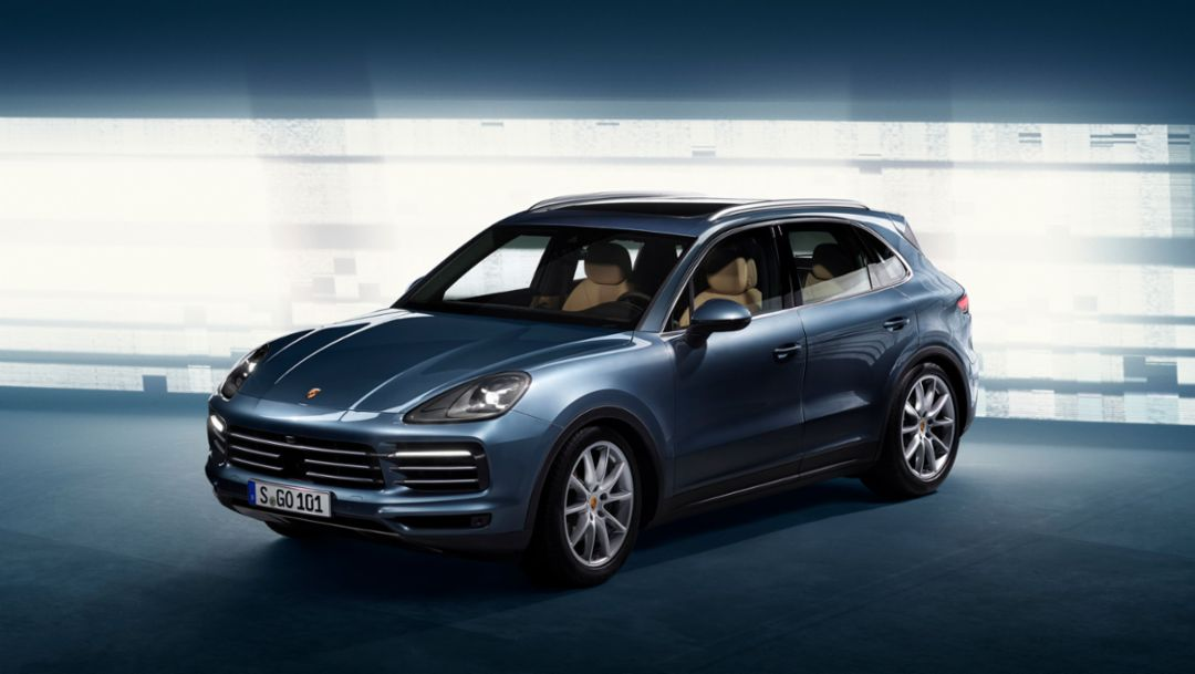 Digital Presentation Of The New Cayenne 2017