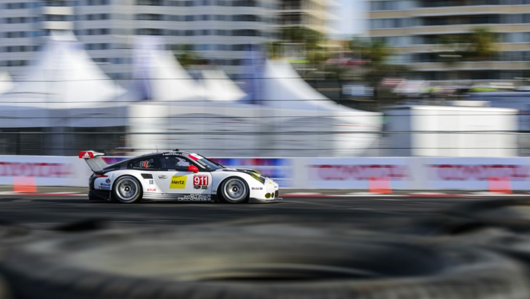 911 RSR resumes the title chase