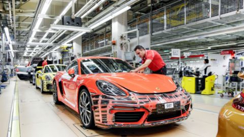 €9,700 bonus for Porsche employees