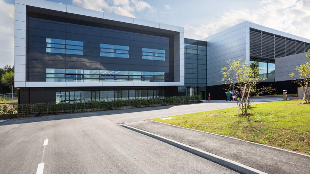 Porsche investiert in Entwicklungszentrum