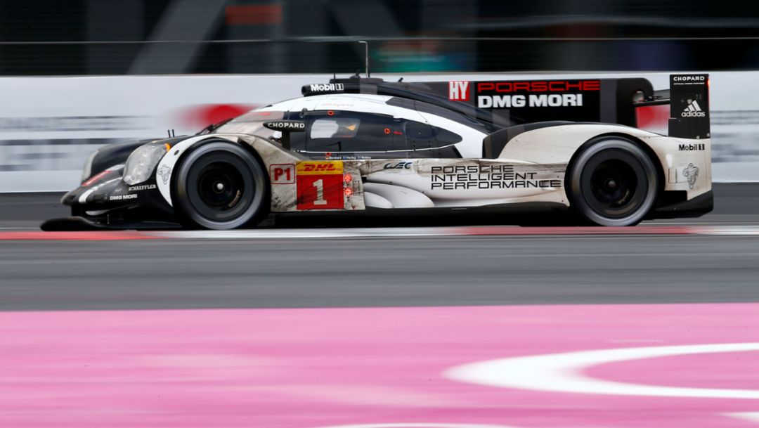 Porsche wins WEC debut in Mexico