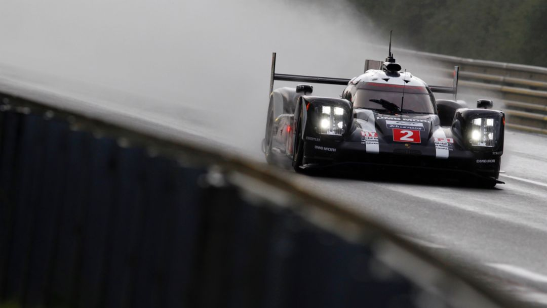 18th pole position for Porsche in Le Mans