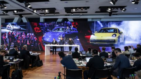 A strong year for Porsche: in pole position for electromobility