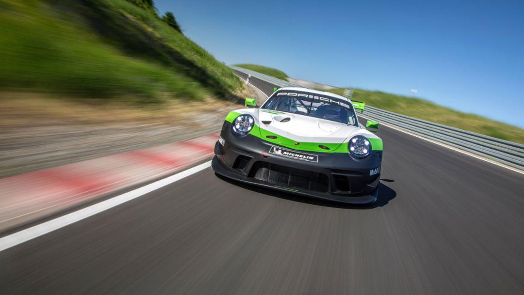 Porsche 911 GT3 R (2019), Porsche AG