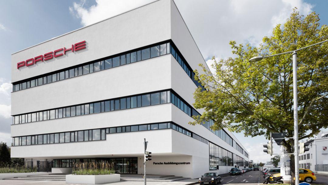 Porsche opens a new training centre
