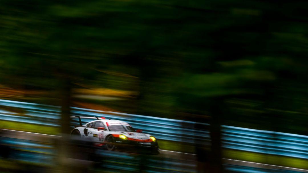 Best 911 RSR on third grid row