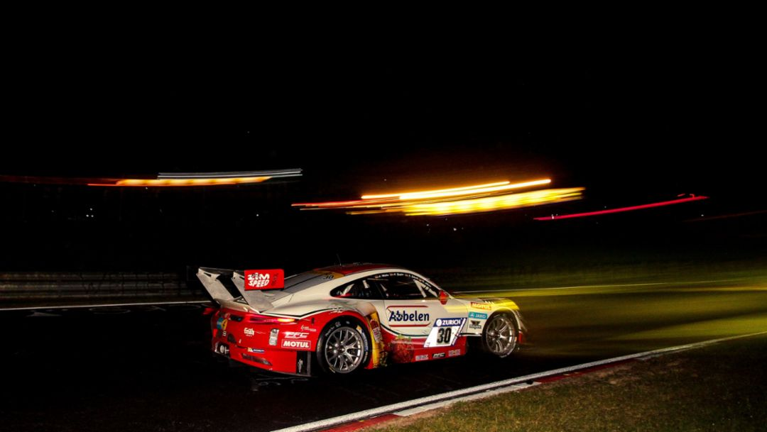 Six Porsche class wins