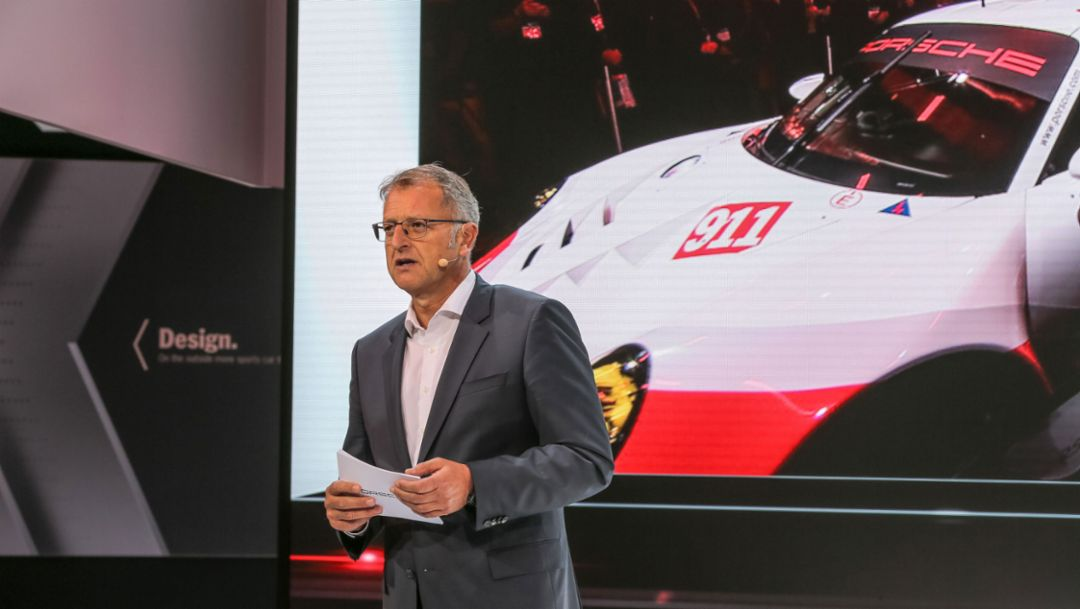 Detlev von Platen, Member of the Executive Board of Porsche AG Sales and Marketing, 911 RSR, press conference, Los Angeles Auto Show, 2016, Porsche AG