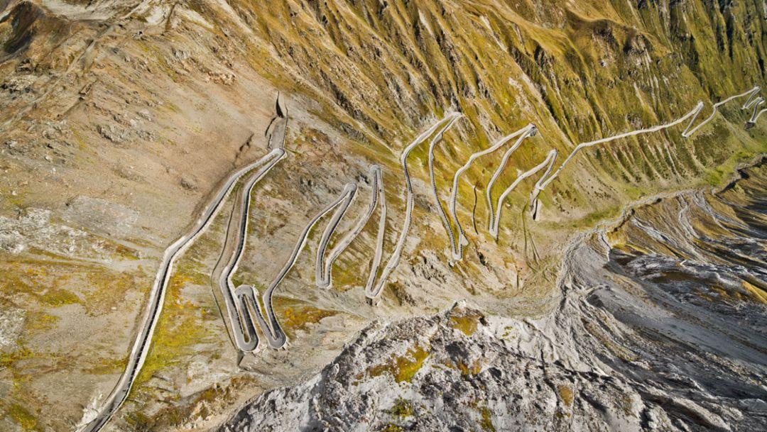 Strecke, Porsche Drive – Stelvio, 2017, Porsche AG