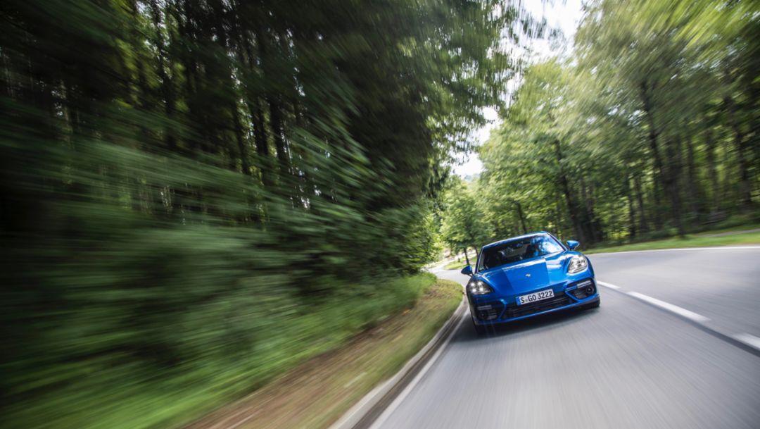 Panamera Turbo, Tegernsee, 2016, Porsche AG