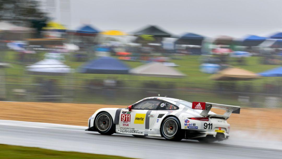 Porsche winsPetit Le Mans