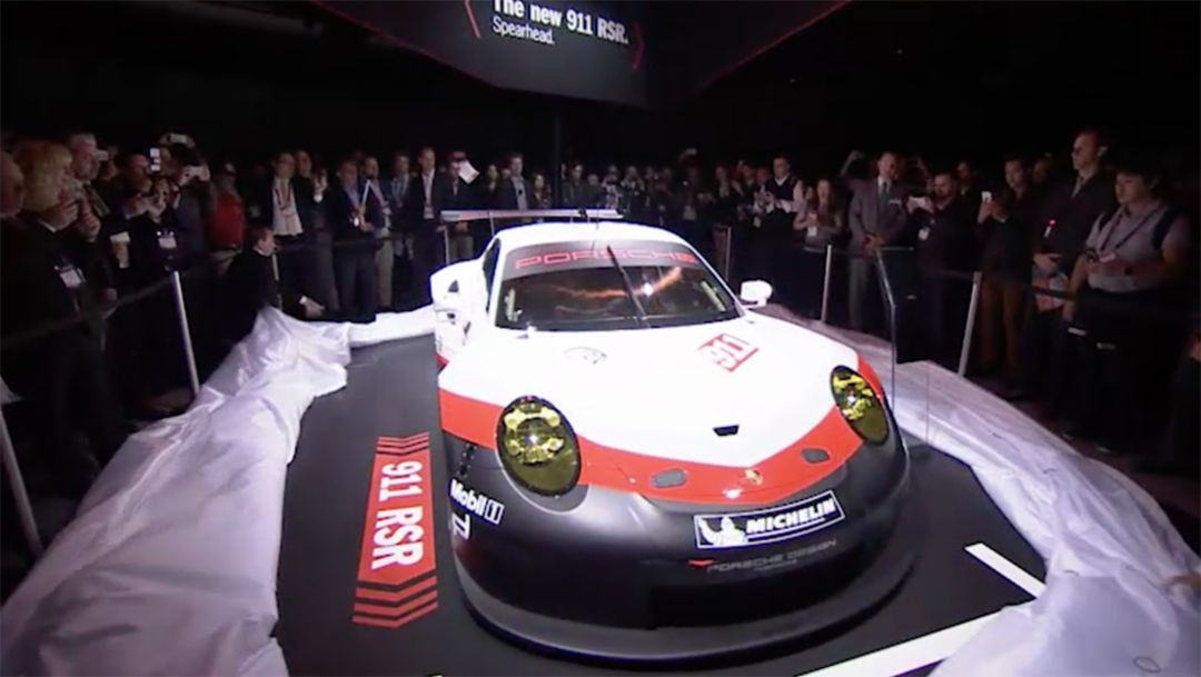 911 RSR, press conference, Los Angeles Auto Show, 2016, Porsche AG