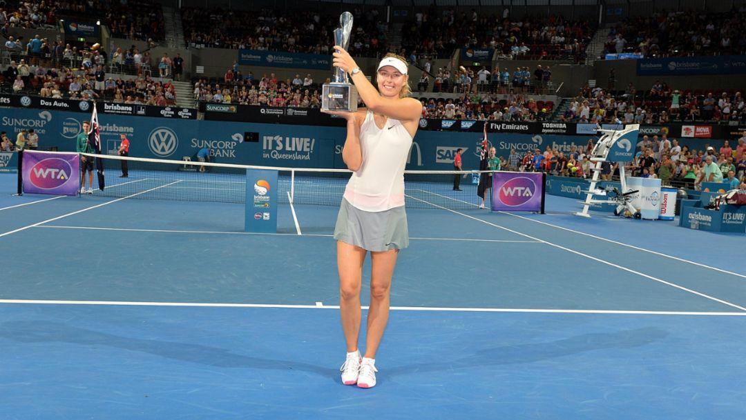 Perfect start for Sharapova