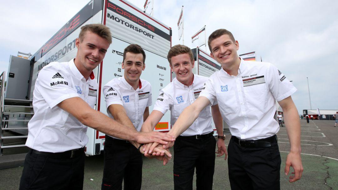 Promotion for successful Porsche juniors