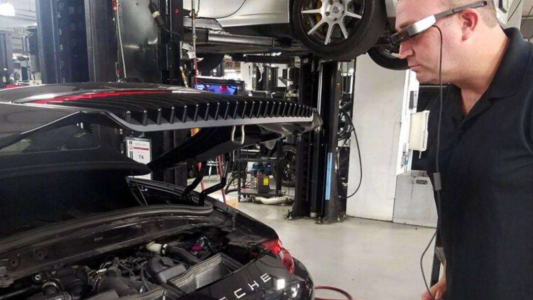 Tech Live Look, 2017, Porsche AG