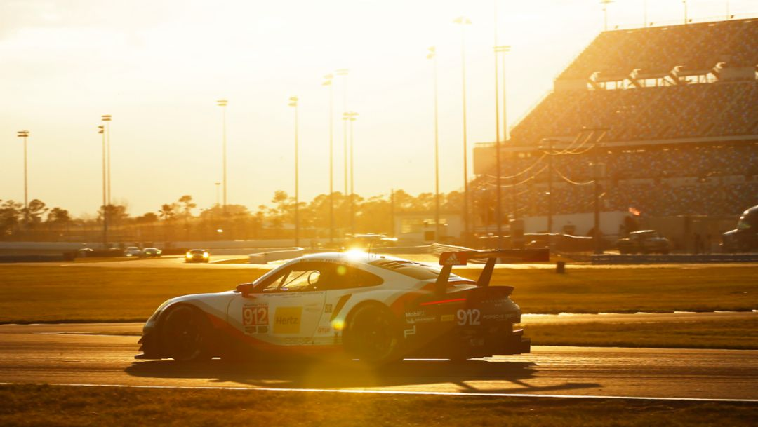 911 RSR, The Roar before the Rolex24, Daytona, USA, 2017, Porsche AG
