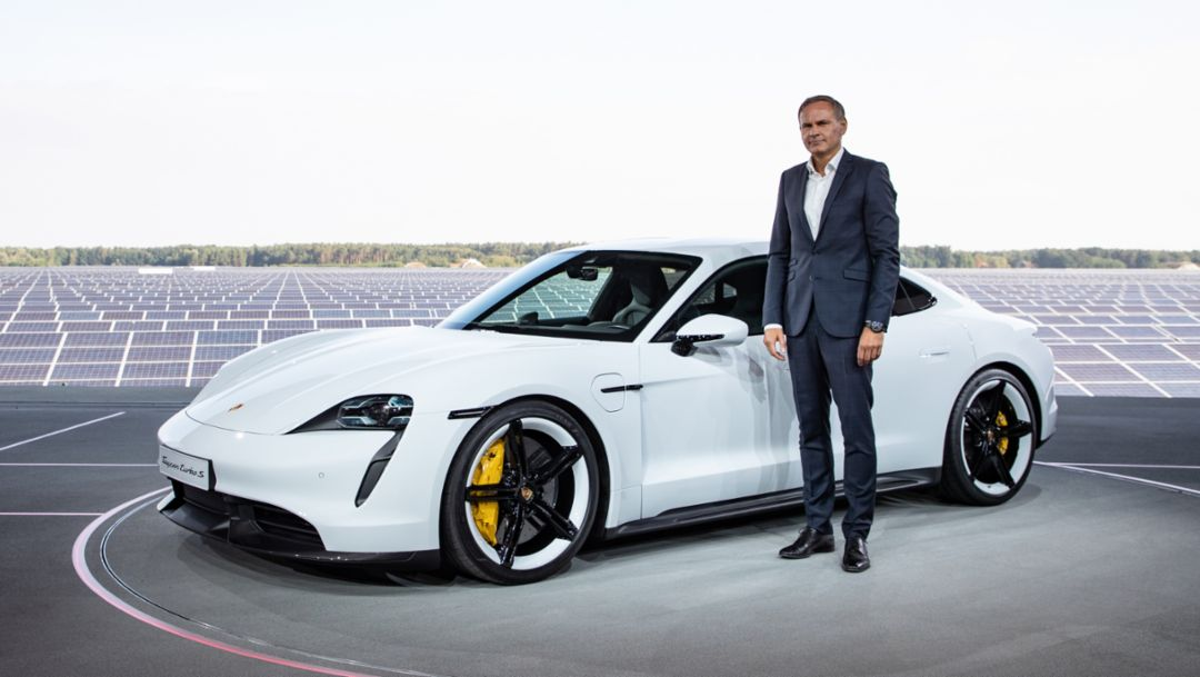 Oliver Blume, Chairman of the Executive Board of Porsche AG, Taycan Turbo S, world premiere in Europe, 2019, Porsche AG
