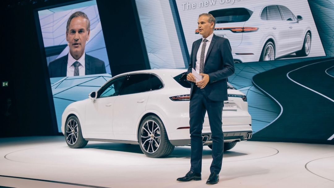 Oliver Blume, Cayenne Turbo, Porsche press conference, IAA, 2017, Porsche AG