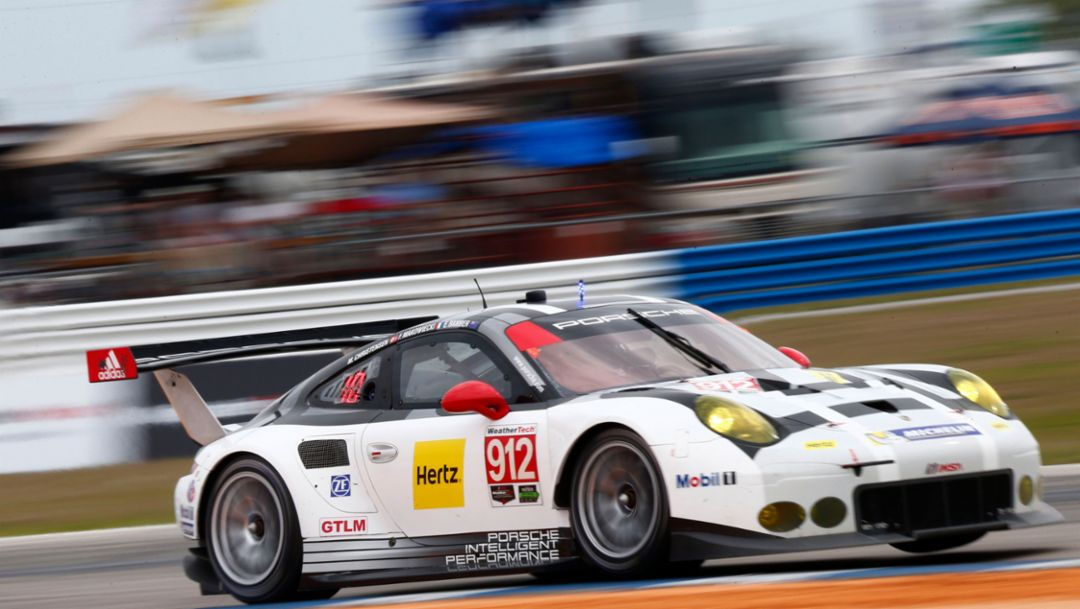 Porsche 911 RSR third in Florida