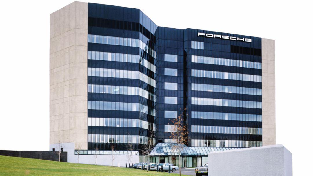 Porsche and America – a review 3