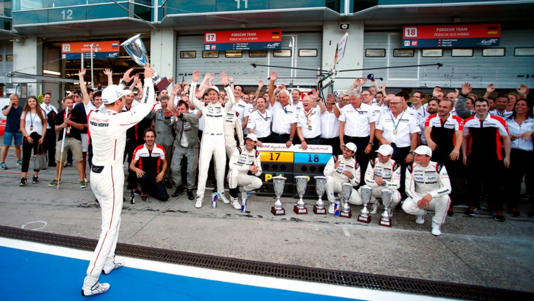 Double one-two result for Porsche