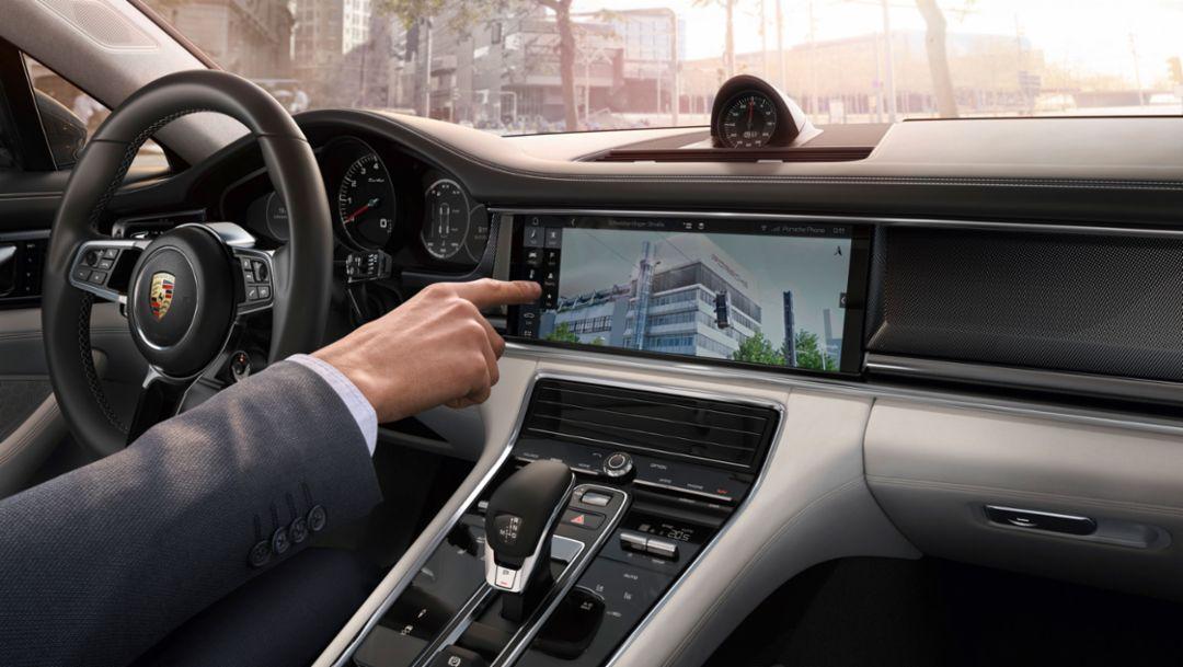 Navigation system, Google Street View, Porsche Connect, Panamera, 2016, Porsche AG