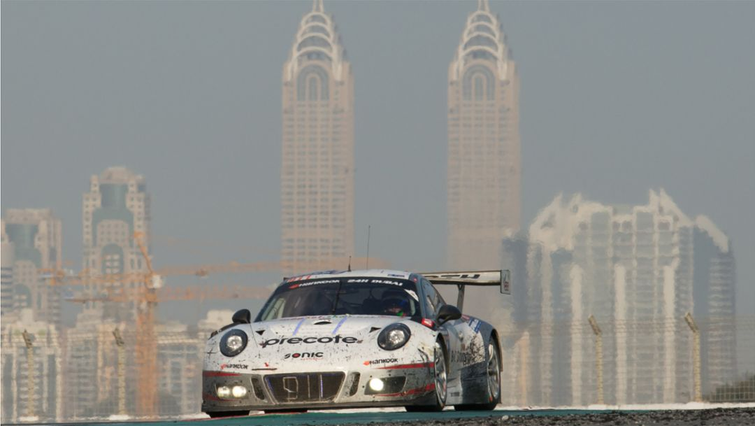 Double victory for Porsche 911 GT3 R