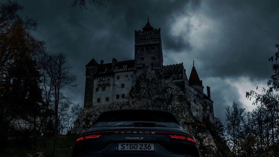Sebastian Canaves, Cayenne S, Bran, Transsilvanien, 2018, Porsche AG