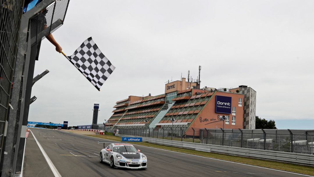 Ammermüller wins action-packed race