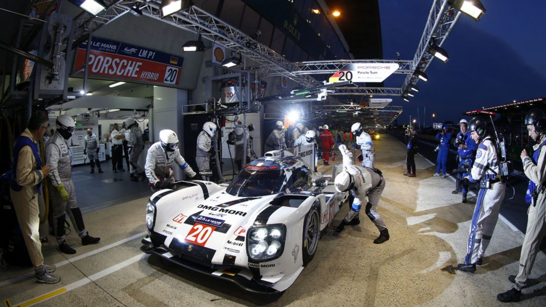 Qualifying in Le Mans