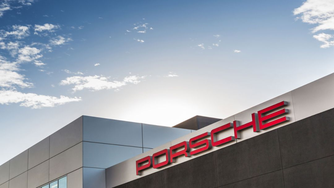 The new Porsche Experience Center in Los Angeles