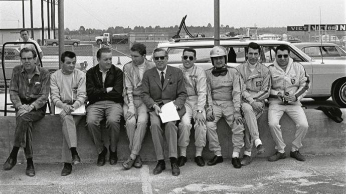 Peter Falk, Hans Mezger, Helmuth Bott, Rolf Stommelen, Huschke von Hanstein, Joe Buzzetta, Hans Herrmann, Vic Elford, Gerhard Mitter, Daytona, 1968, Porsche AG
