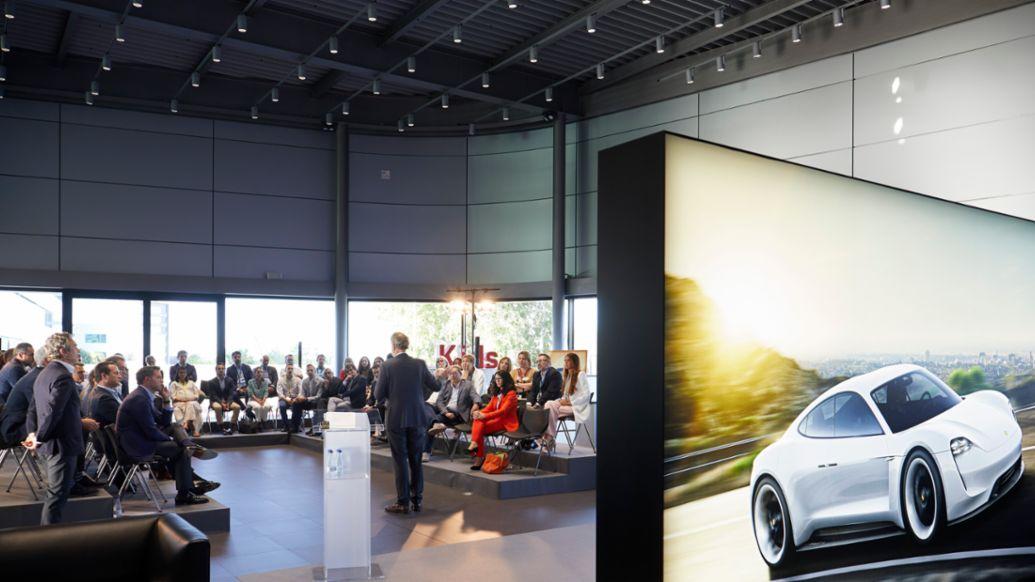 Detlev von Platen, Vicepresidente de Ventas y Marketing de Porsche AG, grupo empleados Porsche Ibérica