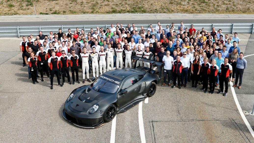911 RSR (2019 model year), roll out, Weissach, 2019, Porsche AG