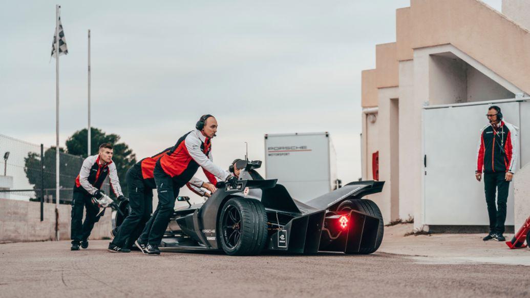 Болид Porsche для Формулы Е, Калафат, 2019, Porsche AG