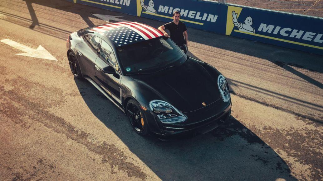 Neel Jani, Taycan prototype, Triple Demo Run, New York, 2019, Porsche AG