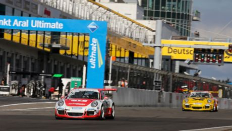 Müller und Eng gewinnen am Nürgburgring