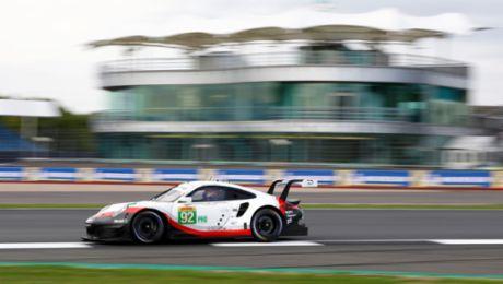 Startreihe drei für Porsche in Silverstone