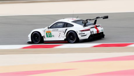 Porsche secures double pole at the last race of the year