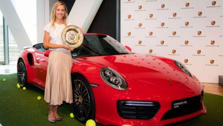 Kerber: Pressekonferenz im Porsche Museum