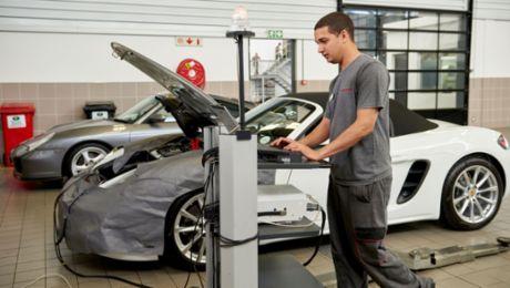 Porsche launches training project