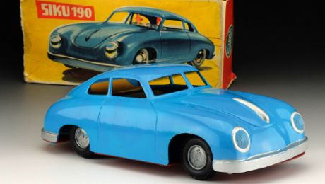 A legendary SIKU model: The Blue Mauritius of Porsche