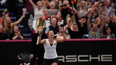 Tennis women battle all the way